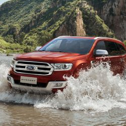 Explore Ford Everest